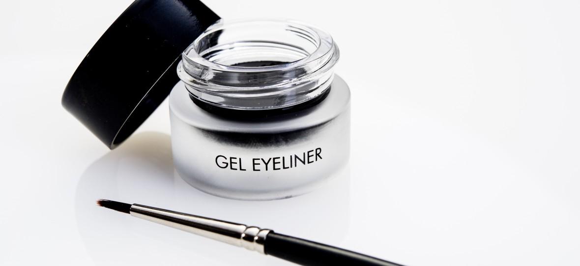 gel-eyeliner-mit-pinsel-schwarzweiss